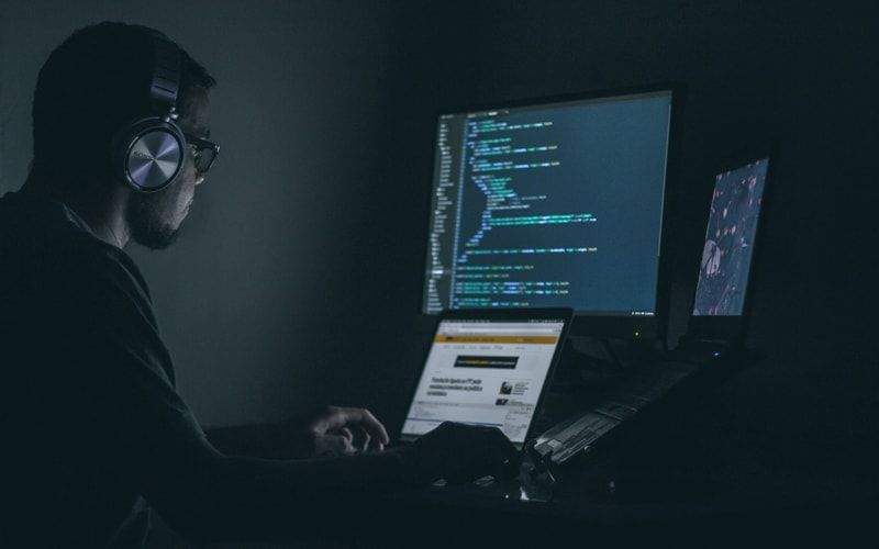 5 Interesting Facts about Programmer