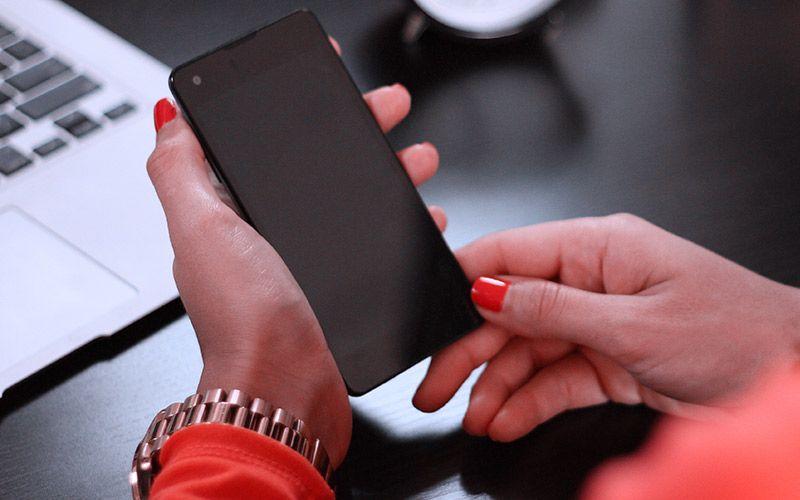 Mengapa Perempuan Harus Menguasai Teknologi?