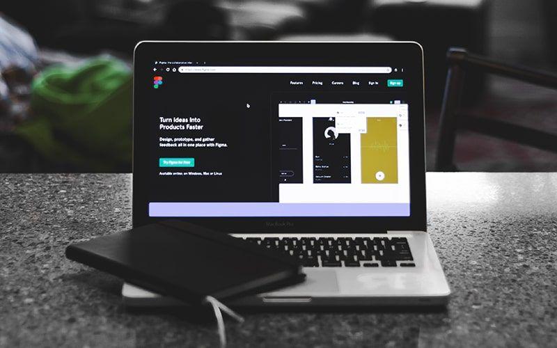 4 Aplikasi Desain Grafis Online Paling Tokcer!