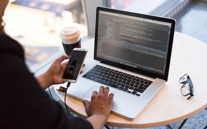Apa Itu Mobile Application Development?